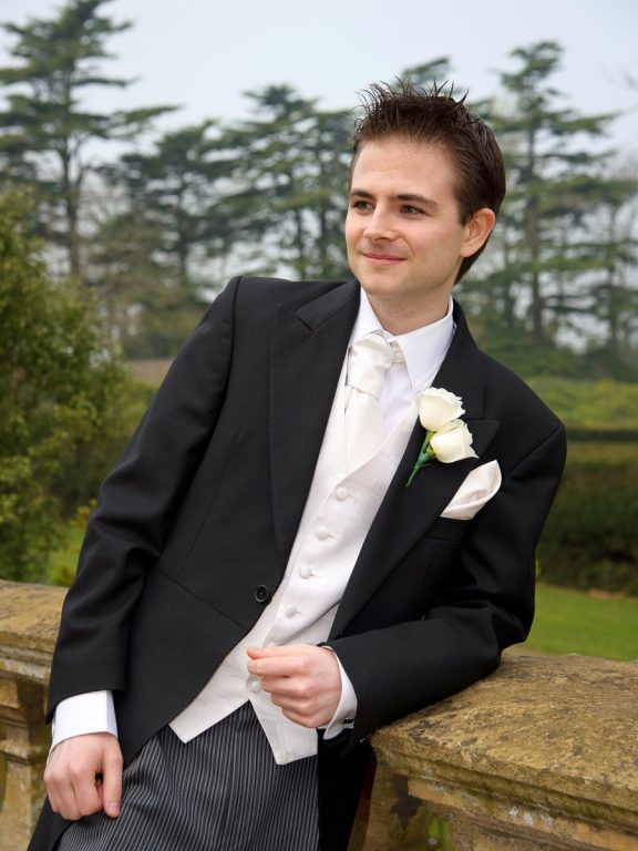 Wedding_Coombe_Lodge_Blagdon-43