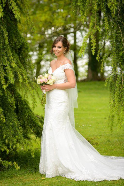 wedding_photographer_de_vere_tortworth_court_12