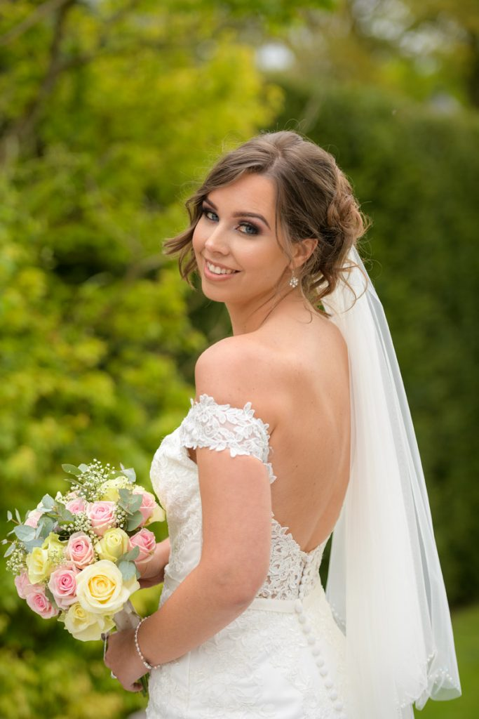 wedding_photographer_de_vere_tortworth_court_8