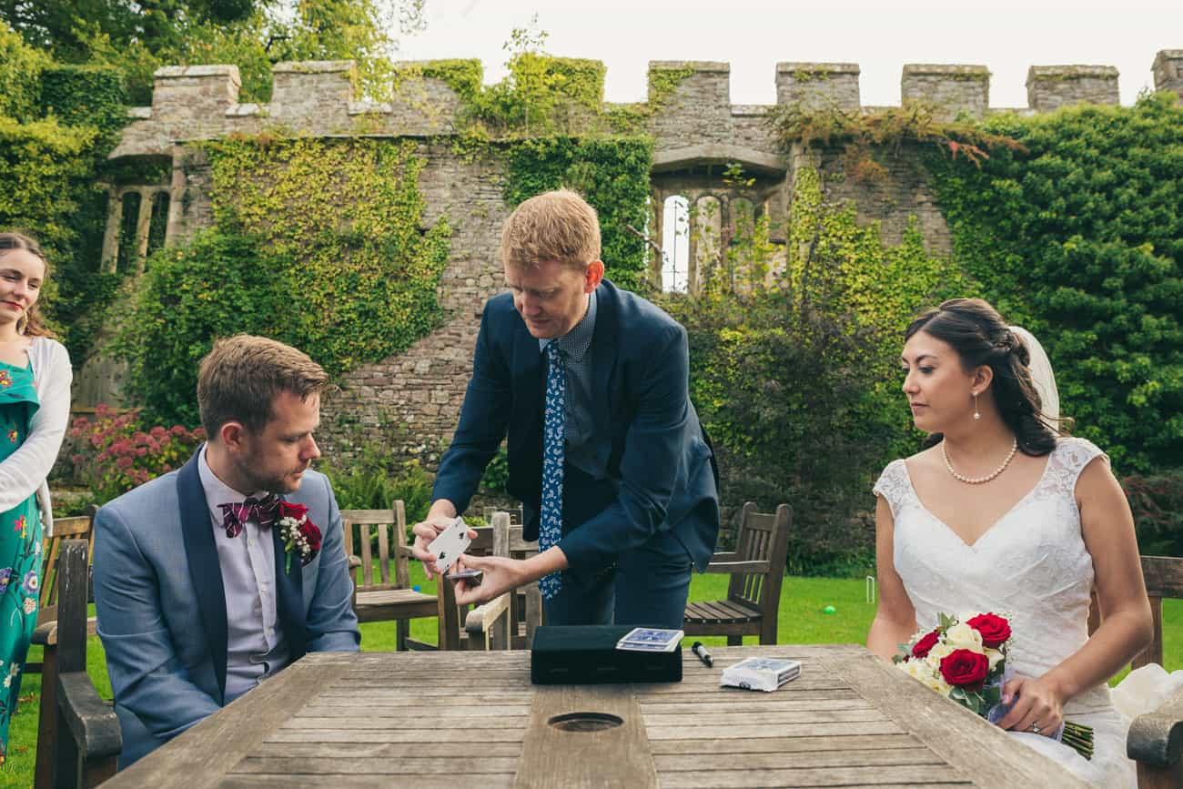 Wedding Photographer Magician Damian Surr